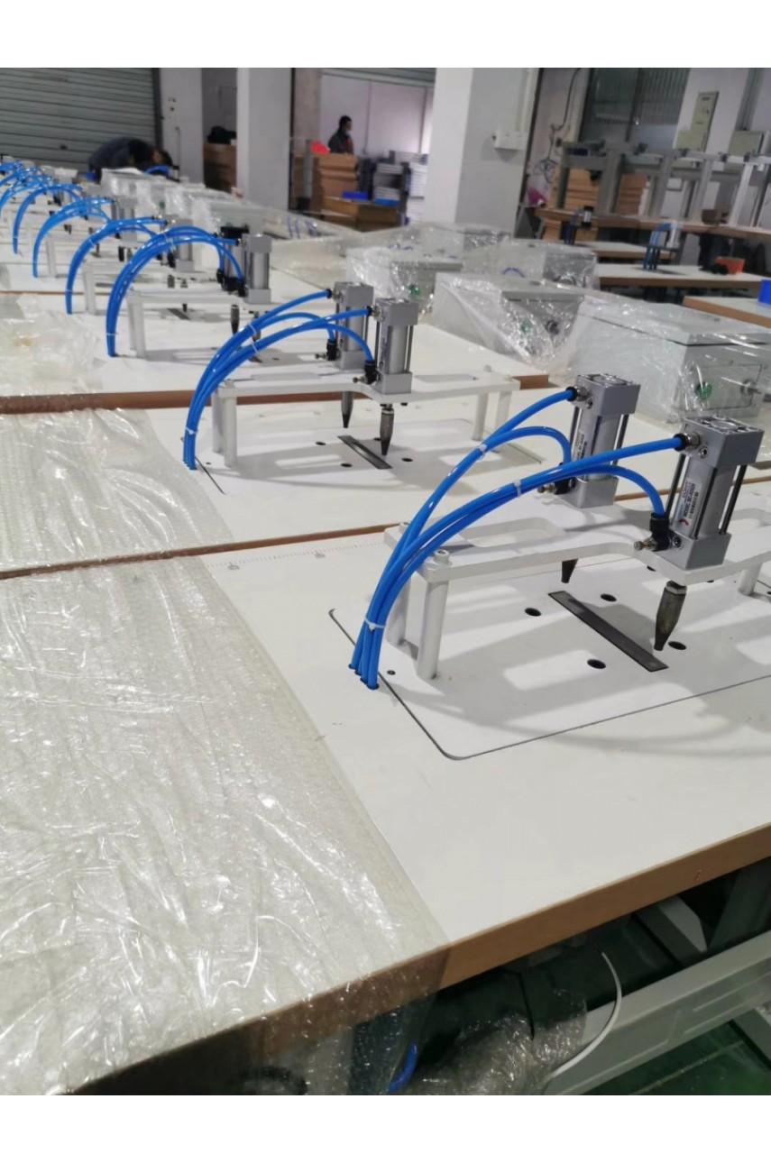 Полуавтоматическая ультразвуковая машина для припаивания резинки VMA V-TC40AT-2ER